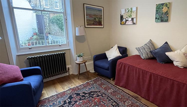 Lia Vaughan psychotherapy practice room